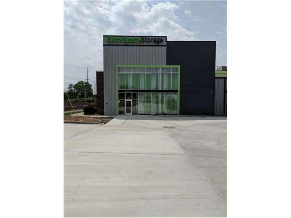 Extra Space Storage - Maplewood - Big Bend Blvd