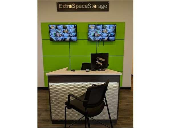 Extra Space Storage - Maplewood - Big Bend Blvd 3281 South Big Bend Boulevard St. Louis, MO - Photo 3
