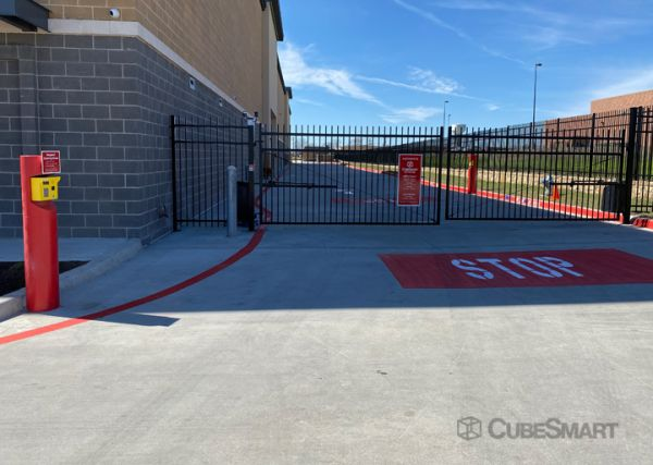 CubeSmart Self Storage - TX Wylie Woodbridge Parkway 721 Woodbridge Parkway Wylie, TX - Photo 1