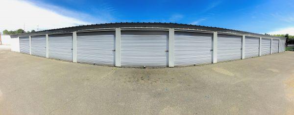 SafeMax Storage Jackson 1596 North Parkway Jackson, TN - Photo 4