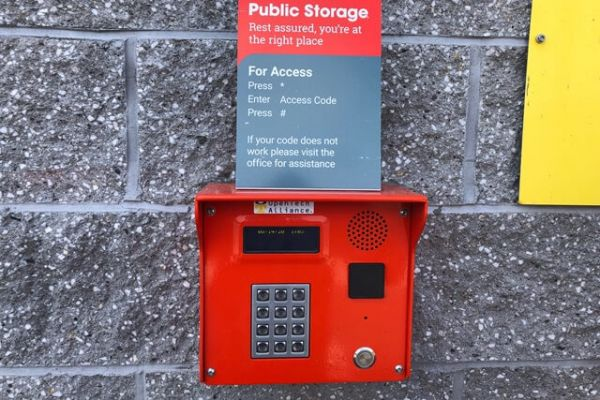 Public Storage - Malden - 490 Eastern Ave 490 Eastern Ave Malden, MA - Photo 3