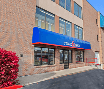Store Space Self Storage - #1020 515 West 9th Street Newport, KY - Photo 0