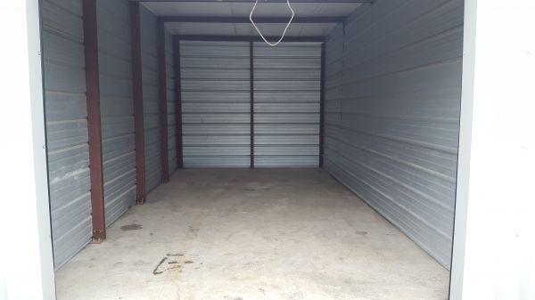Forest Creek Self Storage 885 East Mishawaka Road Elkhart, IN - Photo 0