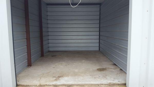 Forest Creek Self Storage 885 East Mishawaka Road Elkhart, IN - Photo 1