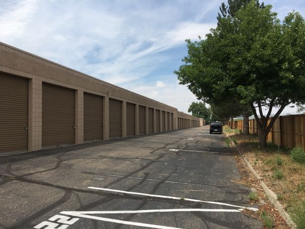 Cottonwood Self Storage 2290 East 120th Avenue Thornton, CO - Photo 2