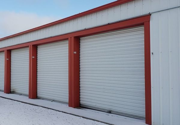 Cardinal Storage 1038 North Madison Street Webb City, MO - Photo 1