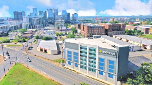 Life Storage - Nashville - 825 3rd Avenue South 825 3rd Avenue South Nashville, TN - Photo 0
