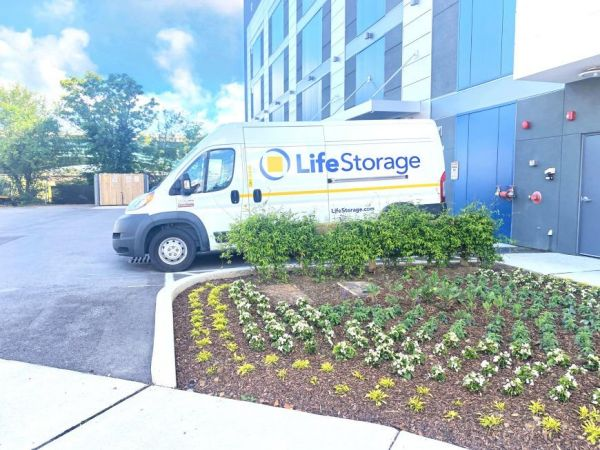 Life Storage - Nashville - 825 3rd Avenue South 825 3rd Avenue South Nashville, TN - Photo 3