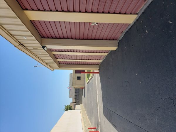 Safeguard Storage South 450 East Almond Avenue Madera, CA - Photo 0