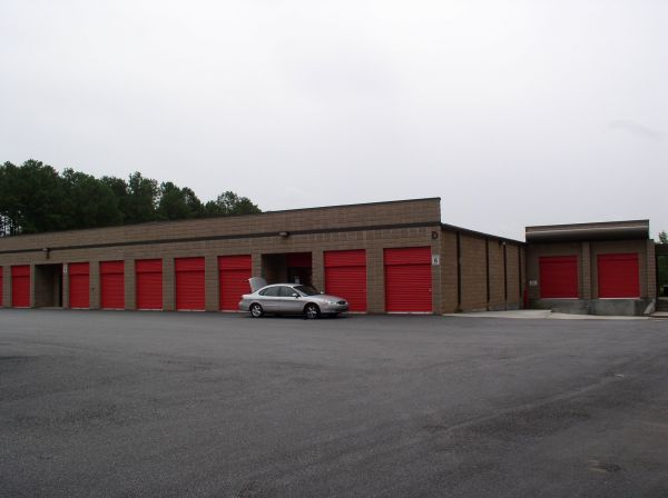 Your Extra Attic Johns Creek, LLC 1715 Peachtree Parkway Cumming, GA - Photo 4