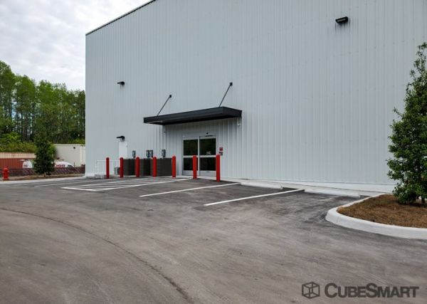 CubeSmart Self Storage - FL Tarpon Springs Highway 19 N 38932 US Highway 19 North Tarpon Springs, FL - Photo 3