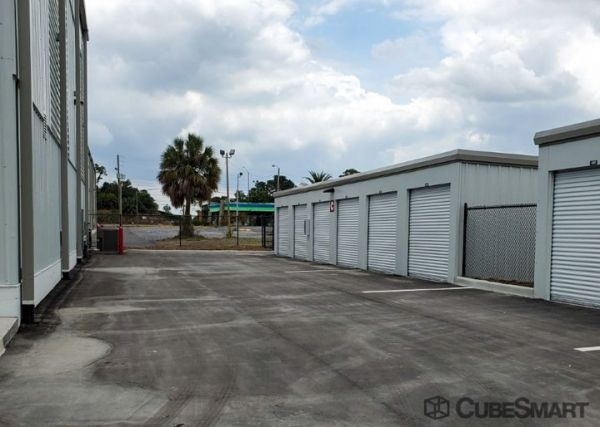 CubeSmart Self Storage - FL Tarpon Springs Highway 19 N 38932 US Highway 19 North Tarpon Springs, FL - Photo 11
