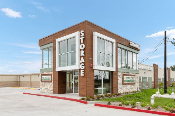 Just A Closet Self Storage - Shary & Mile 4 5700 Mile 4 Road North McAllen, TX - Photo 3