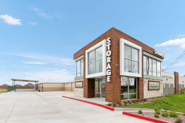 Just A Closet Self Storage - Shary & Mile 4 5700 Mile 4 Road North McAllen, TX - Photo 4
