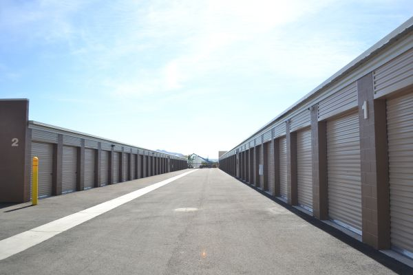 Arizona Storage Inns - Carefree Crossings 34707 North 7th Street Phoenix, AZ - Photo 2