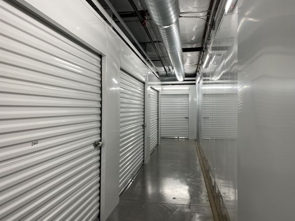 Arizona Storage Inns - Carefree Crossings 34707 North 7th Street Phoenix, AZ - Photo 8