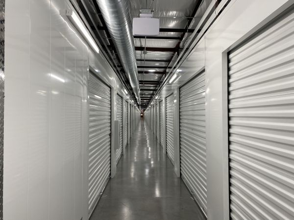 Arizona Storage Inns - Carefree Crossings 34707 North 7th Street Phoenix, AZ - Photo 9