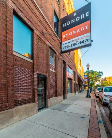 Honore Storage - Andersonville 5147 North Clark Street Chicago, IL - Photo 7