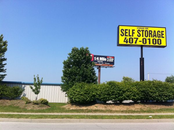Pleasant Valley Storage 6501 Royal Street Pleasant Valley, MO - Photo 1