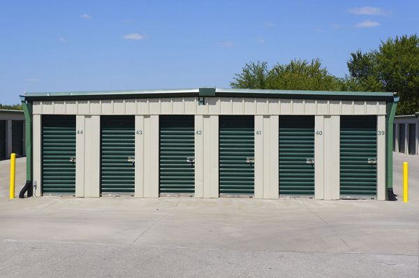 Lawrence Storage 2201 Saint James Court Lawrence, KS - Photo 2