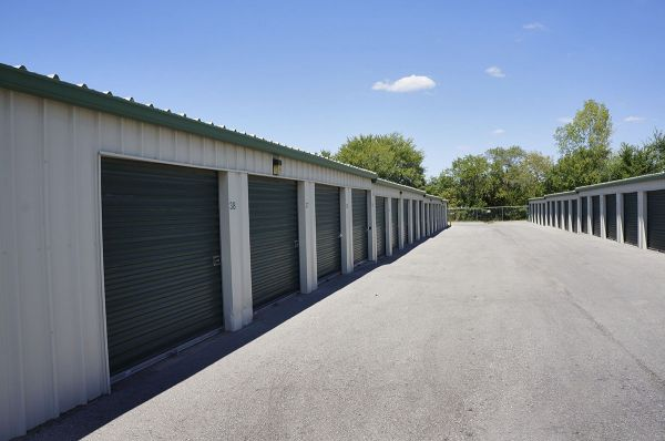 Lawrence Storage 2201 Saint James Court Lawrence, KS - Photo 3