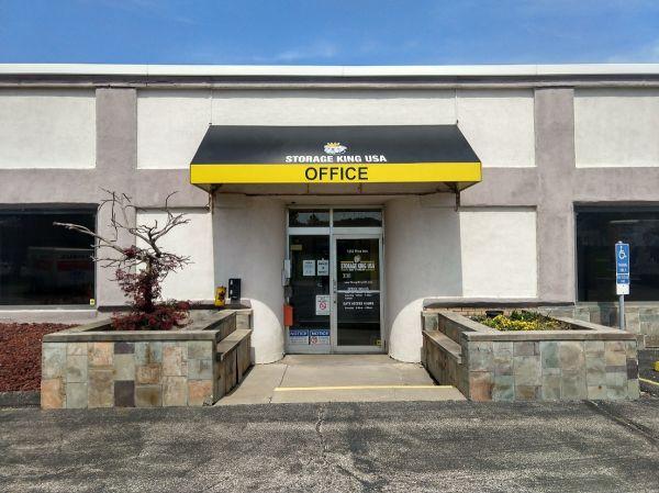 Storage King USA - 039 - Copley, OH - Mina Ave 1252 Mina Avenue Akron, OH - Photo 0