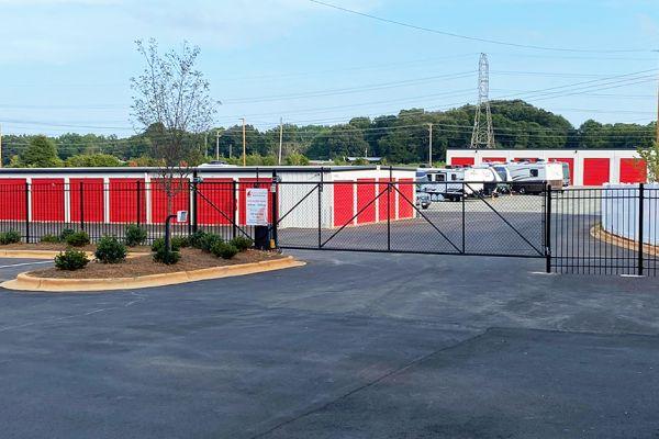 Blythe Landing Self Storage 14936 Brown Mill Road Huntersville, NC - Photo 5