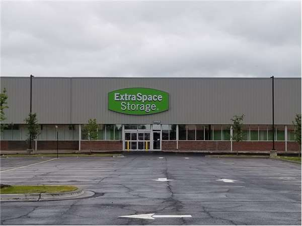 Extra Space Storage - Chicago - 106th St 3940 East 106th Street Chicago, IL - Photo 0
