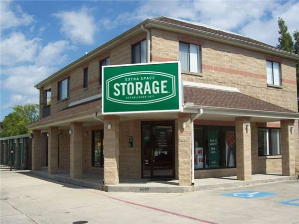 Extra Space Storage - Metairie - Airline Dr 6005 Airline Drive Metairie, LA - Photo 0