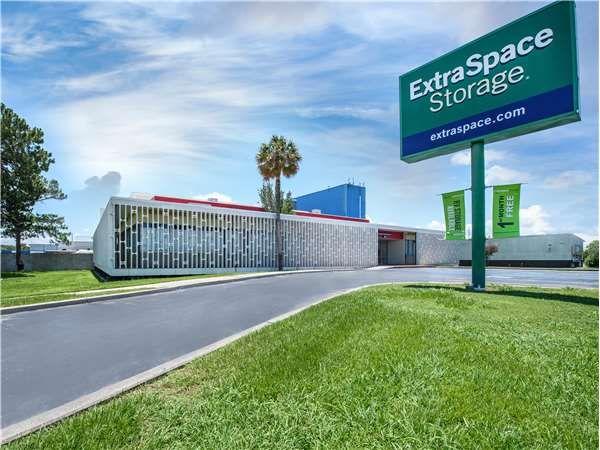 Extra Space Storage - Harahan - Jefferson Hwy 5330 Jefferson Highway Elmwood, LA - Photo 0