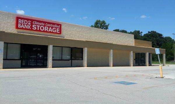 Red Bank Climate Storage 4707 Dayton Boulevard Red Bank, TN - Photo 0