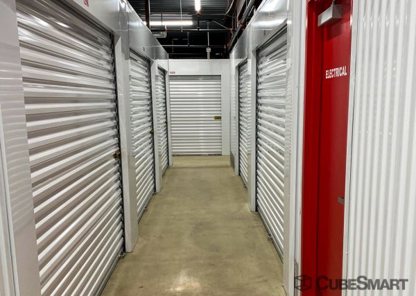 CubeSmart Self Storage - IN Hammond Columbia Ave 6641 Columbia Avenue Hammond, IN - Photo 12