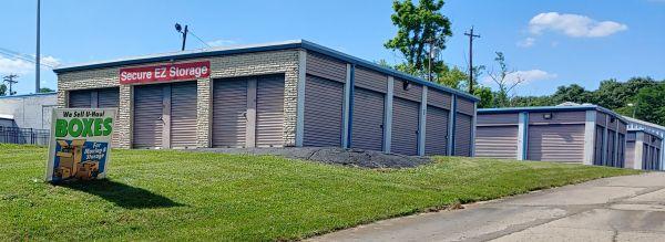 Custom Store & Lock 1254 West Sharon Road Cincinnati, OH - Photo 0