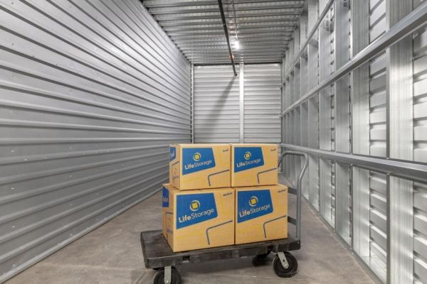 Life Storage - Gilbert - 1485 North San Benito Drive 1485 North San Benito Drive Gilbert, AZ - Photo 7