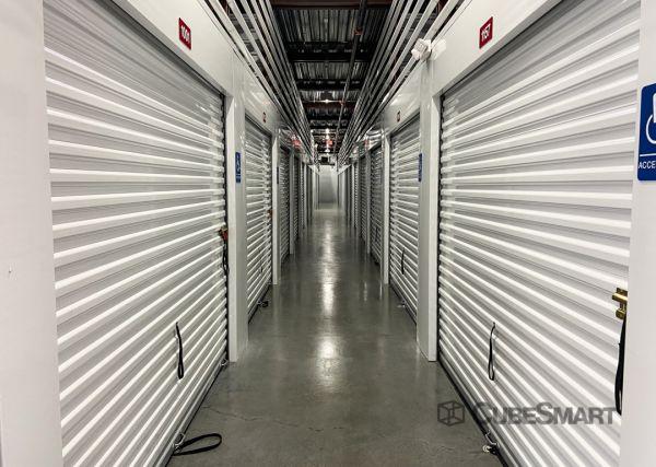 CubeSmart Self Storage - FL Orlando Conroy Storage Lane 4752 Conroy Storage Lane Orlando, FL - Photo 2