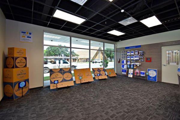 Life Storage - San Antonio - 4618 San Pedro Avenue 4618 San Pedro Avenue San Antonio, TX - Photo 3
