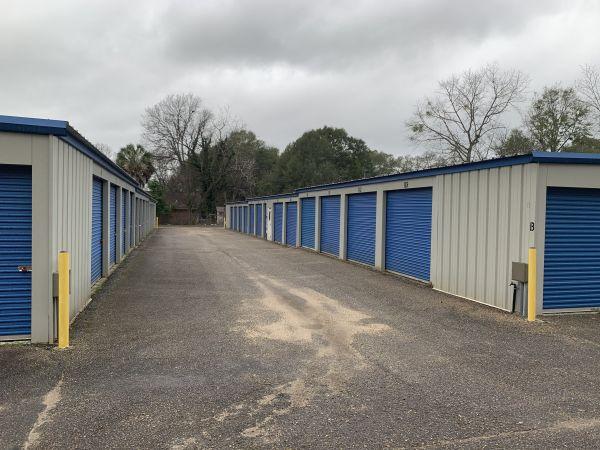 Merrick Storage 400 North Merrick Avenue Ozark, AL - Photo 2