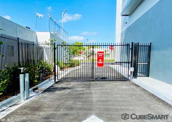 CubeSmart Self Storage - FL Miami NW 27th Ave 120 Northwest 27Th Avenue Miami, FL - Photo 7
