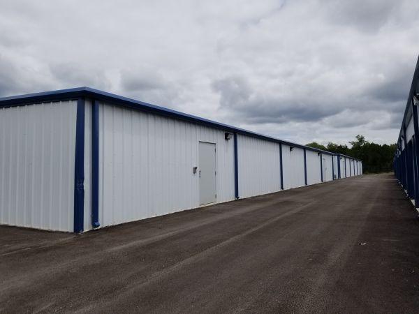 Big Unit Self Storage 5340 U.S. 281 Spring Branch, TX - Photo 2