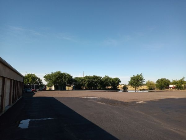 Discount Storage 9605 Industrial Road Justin, TX - Photo 3