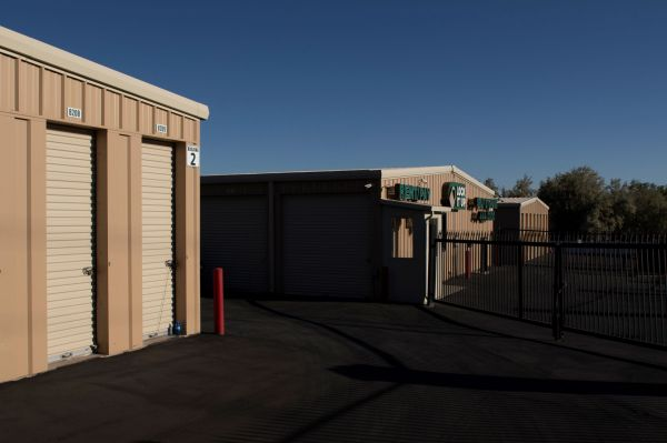 Lock It Up Storage - Layton 495 King Street Layton, UT - Photo 3