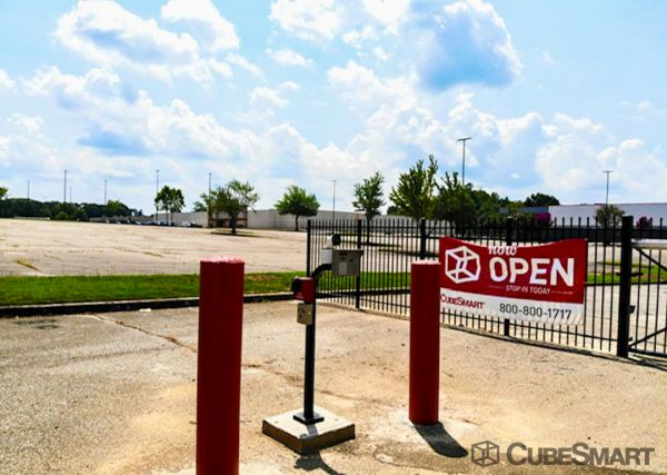 CubeSmart Self Storage - TN Memphis - Stage Road 4875 Stage Road Memphis, TN - Photo 4