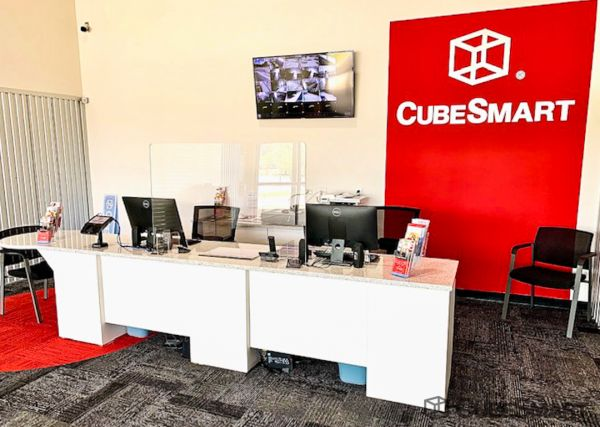 CubeSmart Self Storage - TN Memphis - Stage Road 4875 Stage Road Memphis, TN - Photo 9