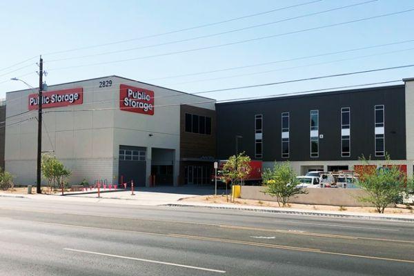 Public Storage - Phoenix - 2829 E Thomas Road 2829 E Thomas Road Phoenix, AZ - Photo 3