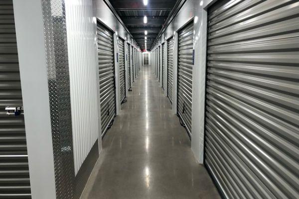 Public Storage - Phoenix - 2829 E Thomas Road 2829 E Thomas Road Phoenix, AZ - Photo 1
