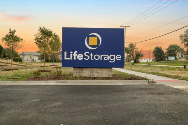 Life Storage - New Lenox - 1991 West Haven Avenue 1991 West Haven Avenue New Lenox, IL - Photo 4