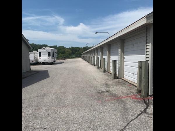 Old Mill Self Storage - 120th & Blondo 1620 Papillion Parkway Omaha, NE - Photo 2
