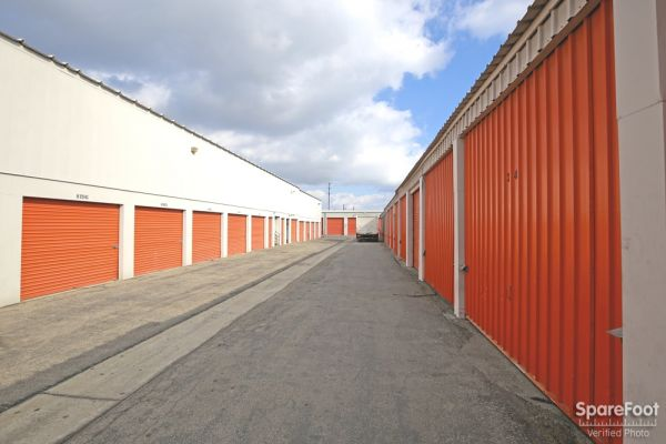 Low Cost Storage - Paramount 7520 Alondra Boulevard Paramount, CA - Photo 5