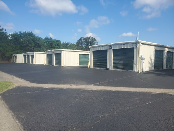 Storage Solutions 2876 Old Fort Parkway Murfreesboro, TN - Photo 2