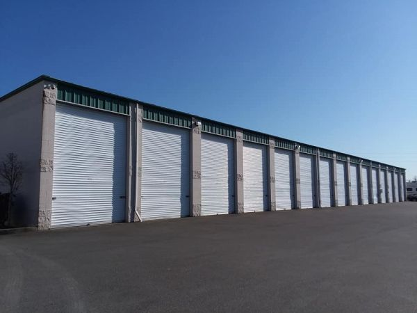 Glacier West Self Storage - Cobalt Storage Edgewood 2222 Meridian Avenue East Edgewood, WA - Photo 2